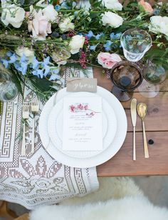 Ask us about our farmhouse tables, our lace tablecloths, our brown goblets, and our gold flatware! Chic Wedding, Wedding Trends, Gift Wedding, Green Wedding, Wedding Shoes, Wedding Blog, Bohemian Wedding Decorations, Reception Decorations, Decoration Inspiration