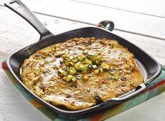 Frittata z cukinią i tofu Tofu, Iron Pan, Frittata, Paella, Diet, Ethnic Recipes, Banting, Diets, Per Diem