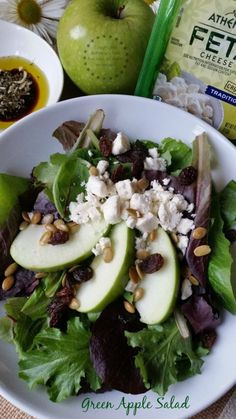 Receta para la Ensalada Verde con Manzana y Queso Feta #ComidaKraft #ad #LentenRecipes