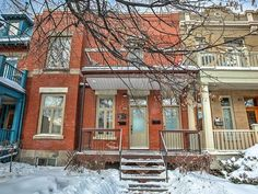 Duplex for sale in Le Plateau-Mont-Royal (Montréal) - $925,000 Duplex For Sale, Apartments For Sale, Mont Royal Montreal, Cabin, House Styles, Outdoor, Home Decor, Outdoors, Decoration Home