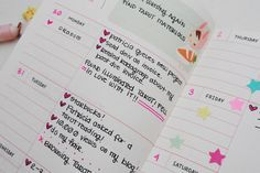 Horizontal planner page layout from Samhain Moon: MY HAPPY DAYS ||| DIY stationery, planner