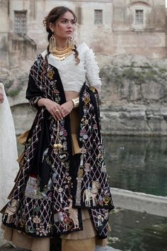 Shop a wide selection of women's suits and separates at Nida Azwer. Indian Bridal Fashion, Indian Wedding Outfits, Indian Outfits, Wedding Dresses, Pakistani Bridal Dresses, Pakistani Dress Design, Pakistani Suits, Indian Attire, Indian Ethnic Wear