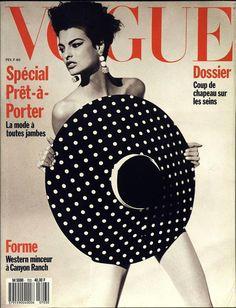 Linda Evangelista en couverture du numéro de février 1990 de Vogue Paris http://www.vogue.fr/thevoguelist/linda-evangelista/47