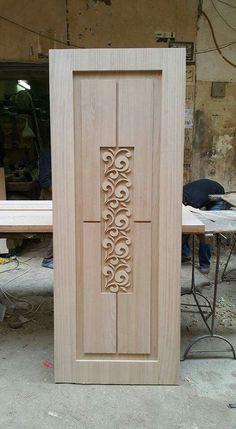Schöne Holzskulptur in der Mitte #holzskulptur #mitte #schone