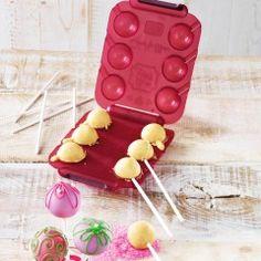 Mit dem CakePop Maker gelingen wunderbar gleichmässig geformte Kugeln. Cakepops, Cake Pop Maker, Silicone Molds, Deserts, Cupcake, Silk, Color, Bakeware, Decorating