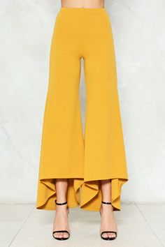 18 Trendy Sewing Pants For Women Clothes Moda Fashion, Fashion Pants, Hijab Fashion, Fashion Dresses, Womens Fashion, Petite Fashion, Plazzo Pants, Salwar Pants, Women's Pants