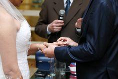 Troca das alianças de casamento