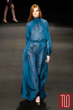 Monique-Lhuillier-Fall-2015-Collection-Fashion-NYFW-Tom-LOrenzo-Site-TLO (5)