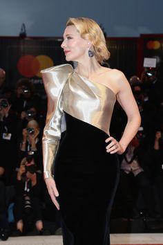 """Venice Film Festival: Cate Blanchett in Armani Privé at the """"Suspiria"""" Premiere Cate Blanchett, Vestidos Armani, Formal Attire For Women, Lehenga Top, Venice Film Festival, Armani Privé, Red Carpet, Toms, National Holiday"""