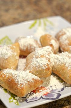 Having been born and raised in New Orleans I regularly have a craving for the famous beignets. This Air Fryer Beignet recipe it saves me some calories! Air Fryer Recipes Snacks, Air Fryer Recipes Breakfast, Air Frier Recipes, Air Fryer Dinner Recipes, Snack Recipes, Donut Recipes, Easy Recipes, Air Fryer Recipes Vegetarian, Amazing Recipes