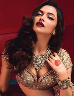 Deepika padukone - Sabyasachi www.amouraffairs.in Indian Bride Lehenga gold border zari zardozi wedding, bridal, bride, lehenga, gorgeous, elaborate, wow, pink, golden details, hairstyle, pretty