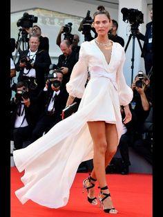 Ovs debutta sul red carpet a Venezia con Bianca Balti - Notizie : Collezione (#862349)