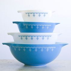 Pyrex Bowl Snowflake Set Of 4 design inspiration on Fab.
