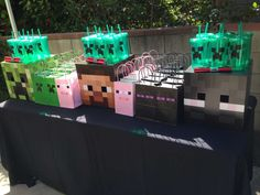 Irene R's Birthday / Minecraft - Photo Gallery at Catch My Party Minecraft Party Favors, Minecraft Birthday Party, 10th Birthday Parties, Birthday Ideas, Minecraft 9, Minecraft Gifts, Mindcraft Party, Holidays And Events, Party Time