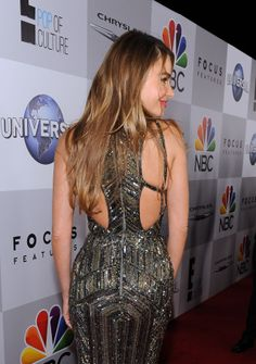 sofia-vergara-wears-zuhair-murad-at-nbc-universal-s-71st-annual-golden-globe-awards-after-party_2.jpg (1280×1819)