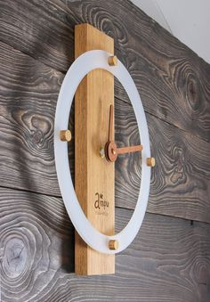 Trendy Woodworking Projects That Sell Rustic Wall Art Ideas Wall Clock Brass, Pendulum Wall Clock, Wall Clock Design, Wood Clocks, Rustic Wall Art, Rustic Walls, Wooden Walls, Wall Wood, Clock Art