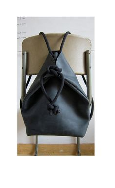 Etsy の minimal rucksack black by chrisvanveghel