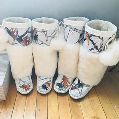 Women's Mukluks made with Garment Leather and canvas camouflage fabric. Comes with shearling lined foot with artificial up the leg. Beaded Moccasins, Baby Moccasins, Fur Boots, Shoe Boots, Indiana, Cowichan Sweater, Native Beading Patterns, Indian Beadwork, Medicine Bag