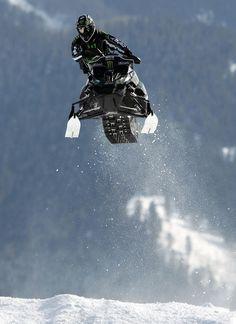 Snowmobile racing..emilvinberg@gmail.com
