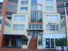 502 Sorjente - 502 Sorjente is a self-catering unit located in Umdloti, a small coastal village on the North Coast of KwaZulu-Natal. The apartment can accommodate four guests and two children and comprises three bedrooms, .