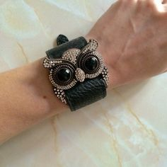 Fancy Owl Bracelet NWOT Leather bracelet with a fun and beautiful owl! Great gift - to a friend or to yourself 😊 I haven't worn it at all! Brand new without tags (not Urban Outfitters) Urban Outfitters Jewelry Bracelets