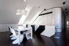 Cucina bianca e nera dal design moderno 09