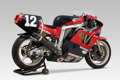 Suzuka of history - Suzuki Motos, Suzuki Gsx R 750, Suzuki Bikes, Suzuki Motorcycle, Racing Motorcycles, Custom Motorcycles, Gsxr 1100, Cafe Racer Moto, Power Bike