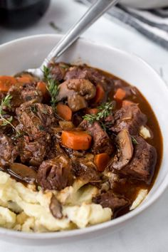 This is an Instant Pot Beef Bourguignon recipe. Super easy recipe for this classic French dish done in just one hour of cooking time. Using A Pressure Cooker, Pressure Cooker Recipes, Pressure Cooking, Instant Pot Beef Bourguignon Recipe, Beef Burgundy Recipe, Classic French Dishes, Steak And Mushrooms, Instant Pot Dinner Recipes, Beef Recipes