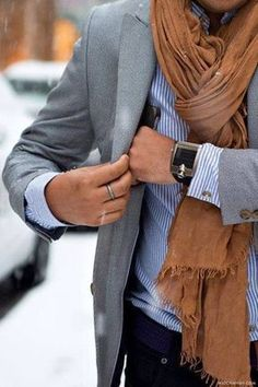 Men'S business casual scarf with suit jacket Fashion Mode, Look Fashion, Mens Fashion, Swag Fashion, Winter Fashion, Fashion Details, Fashion Photo, Fashion Dresses, Sharp Dressed Man