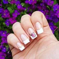 """Páči sa mi to: 9, komentáre: 1 – Domi Králiková (@domi_nailart) na Instagrame: """"Butterfly🦋💅 #butterfly #butterflynails #nailart #nails2inspire #nailstagram #nailartlover…"""""""