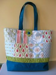 With this simple tutorial, you can learn how to make a tote bag. And not just any tote bag, but a Patchwork Tote! Gather your fabric leftovers because you can create an awesome new sewing project with them.