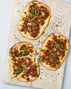 Yotam Ottolenghi's lamb, tomato and baharat pizzette picallili recipe Yotam Ottolenghi, Ottolenghi Recipes, Snack Recipes, Cooking Recipes, Savoury Recipes, Healthy Recipes, Middle Eastern Recipes, Easy Salads, Healthy Cooking
