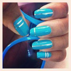 Finally used my nail tape… 5 months later… #nails #nailpolish #nailtape #sunglasses #mani #nailstagram #teal #silver #himynameisamberandimaddictedtonailpolish
