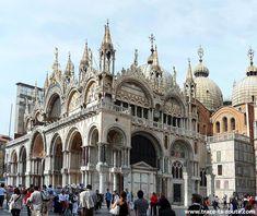 Basilique Saint Marc, Venise Basilica San Marco Venezia - #Venise - Piazza San Marco #Venezia Italia Italy
