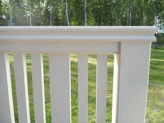 lite mera inredning: Altan räcke Outdoor Curtains For Patio, Outdoor Decor, Backyard House, Porch Area, Getaway Cabins, Pergola Designs, Pergola Ideas, Wooden Tops, Balcony Design