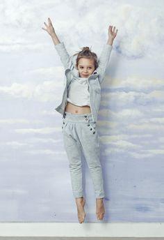 Risk made in Warsaw, moda para niñas colección gris http://www.minimoda.es