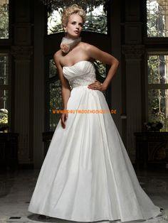 Besondere Schicke Hochzeitskleider aus Taft