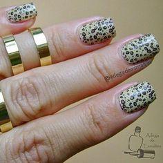 Lindas unhas da seguidora @adegadeesmaltes #nails #nailart #fashion #love #beauty #polish #pretty #cute #beautiful #hand #vernis #unhas #esmalte #lovenails #nailstyle #nailsdesign #perfectnails #nailpolish #unhasperfeitas #beautifulnail #cutenails #girl #manicure #nailvarnish #nailstagram #instanails #instagramnail by vidrinhosecores