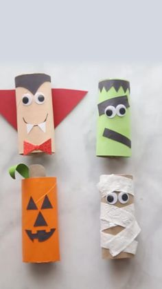 Theme Halloween, Halloween Arts And Crafts, Halloween Crafts For Toddlers, Diy Halloween Decorations, Halloween Diy, Halloween Makeup, Preschool Halloween Activities, Preschool Quotes, Preschool Centers