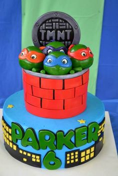 What an incredible cake at a Teenage Mutant Ninja Turtle boy birthday party! Ninja Turtle Party, Ninja Turtle Birthday, Ninja Turtles, Turtle Birthday Parties, Boy Birthday, Birthday Ideas, Birthday Cakes, Cakepops, Tmnt Cake