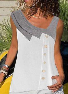 Blouse Patterns, Blouse Designs, Mode Inspiration, Blouse Styles, Simple Dresses, Blouses For Women, Fashion Dresses, Women's Fashion, Fashion Blouses