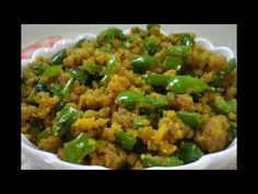શિમલા મરચાં નુ બેસન વાળું શાક । How to Make Capsicum Besan Sabji Jain Recipes, Vegetable Recipes, Indian Food Recipes, Ethnic Recipes, Vegetarian Gravy, Vegetarian Recipes, Cooking Recipes, Healthy Recipes, Capsicum Recipes