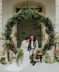 Why have a floral arch, when you can go full circle and have a moon gate . Image by @m2visualstudio Organisation @livinglasbodas Decoration @elinvernaderooviedo & @m_vistetumesa Fashion @bebascloset