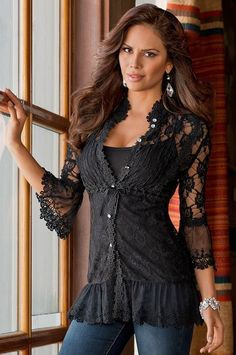 For a casual date dress up your skinny jeans with this black, lace tunic. Look Fashion, Autumn Fashion, Fashion Outfits, Womens Fashion, Fashion Clothes, Street Fashion, Looks Street Style, Lace Tunic, Lace Maxi