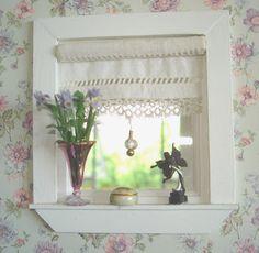 Carolyn's Little Kitchen: first dollshouse