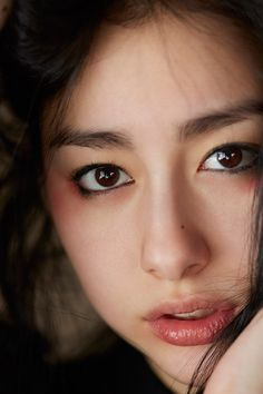 早見あかり写真集より Beautiful Japanese Girl, Japanese Beauty, Beautiful Person, Asian Beauty, Cute Beauty, Beauty Full Girl, Beauty Stuff, Girls Image, Pin Up Girls