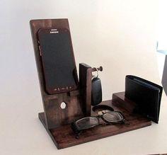 Iphone Dock | The Idle Man | #StyleMadeEasy