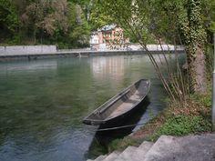 SUISSE-BERN-barca sul fiume Aar.