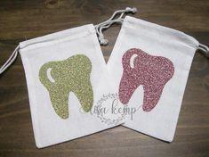 Tooth Fairy Drawstring bag with Saying Glitter Heat Transfer Vinyl, Glitter Vinyl, Vinyl Projects, Sewing Projects, Tooth Fairy Doors, Tooth Cake, Small Drawstring Bag, Tooth Pillow, Circuit