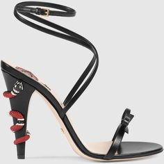 Gucci Leather Crisscross Sandal ($950) ❤ liked on Polyvore featuring shoes, sandals, black, leather ankle strap sandals, leather criss cross sandals, criss-cross sandals, wrap sandals and black bow sandals